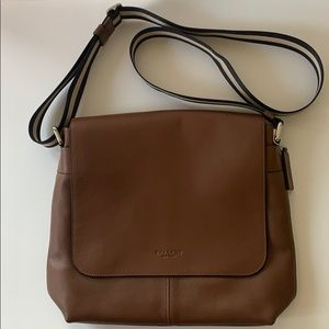 NWOT Coach brown leather messenger crossbody